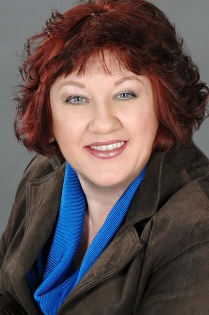 Headshot of Joanne Dereta